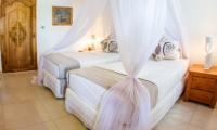 Twin Bedroom - Bersantai Villas Villa Kundalini - Nusa Lembongan, Bali