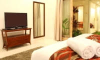Bedroom with View - Briana Villa - Batubelig, Bali