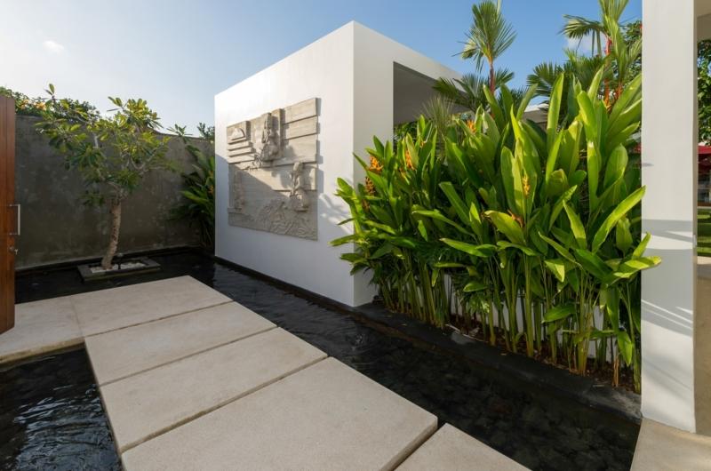 Pathway - Casa Brio - Seminyak, Bali