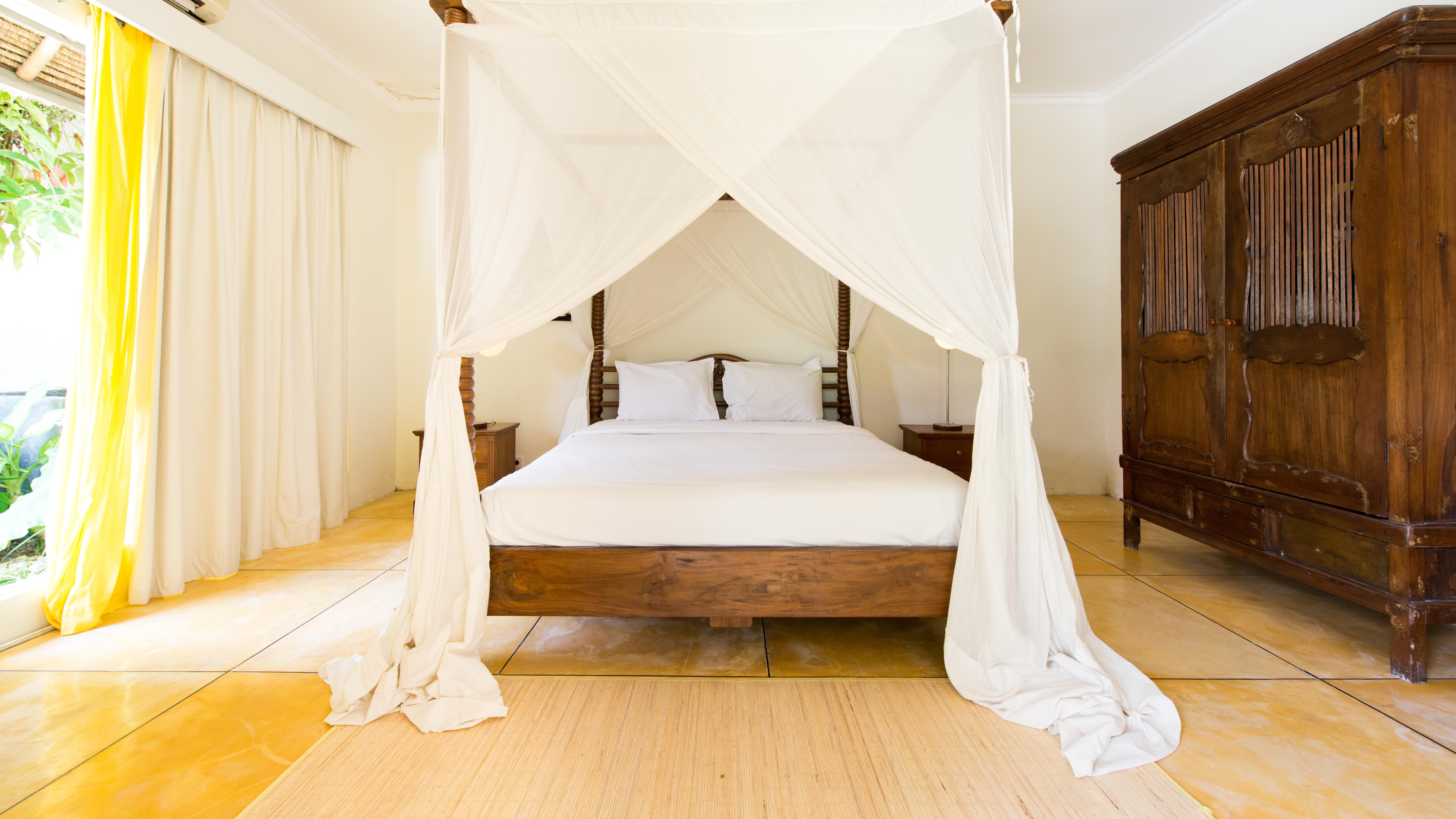 Spacious Bedroom - Casa Lucas - Seminyak, Bali