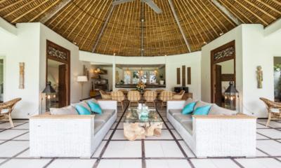 Living and Dining Area - Casa Lucas - Seminyak, Bali