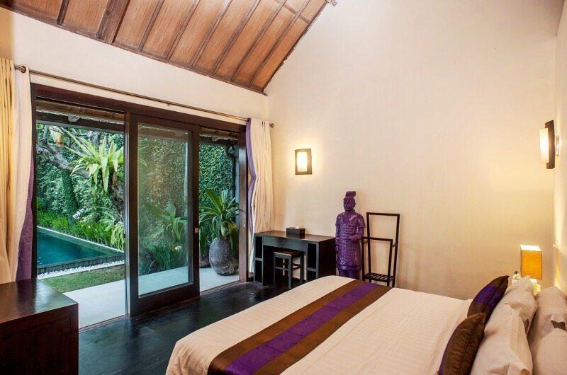 Bedroom with Pool View - Casa Mateo - Seminyak, Bali
