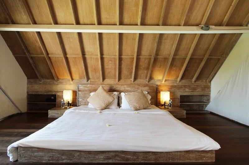 Bedroom with Wooden Floor - Casa Mateo - Seminyak, Bali