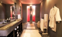 Bathroom with Shower - Casa Mateo - Seminyak, Bali