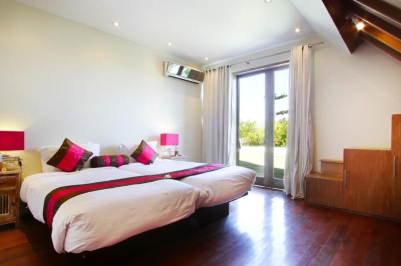 Bedroom with Twin Beds - Casa Mateo - Seminyak, Bali