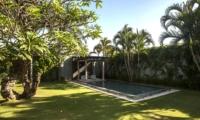 Gardens and Pool - Casa Mateo - Seminyak, Bali