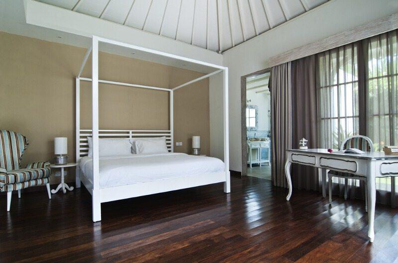 Four Poster Bed - Casa Cinta 2 - Batubelig, Bali