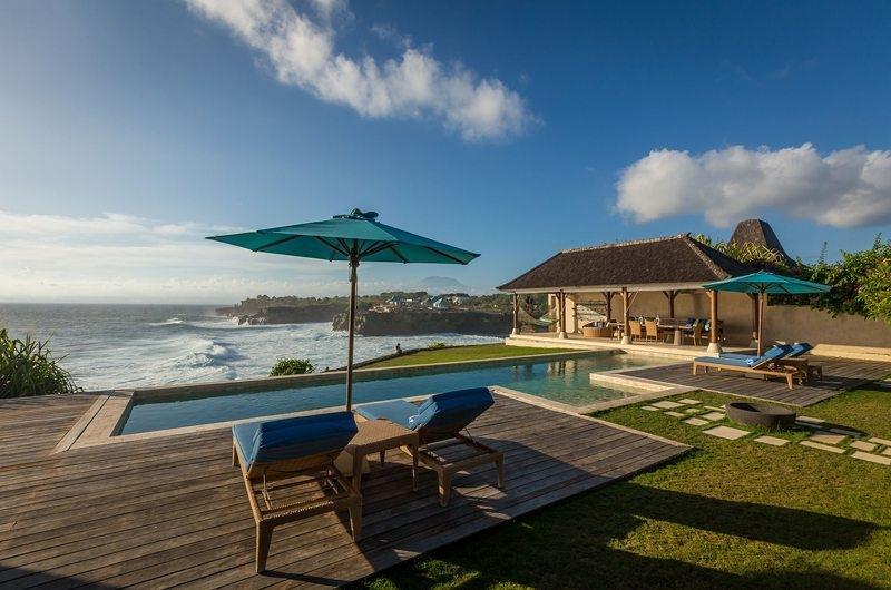 Reclining Sun Loungers - Casa Del Mar - Nusa Lembongan, Bali