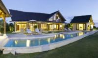 Swimming Pool - Casa Del Mar - Nusa Lembongan, Bali