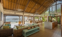 Living Area with Sea View - Casa Del Mar - Nusa Lembongan, Bali