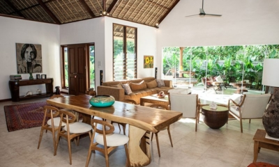 Living and Dining Area with View - Castaway - Nusa Lembongan, Bali