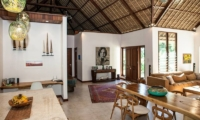 Living and Dining Area - Castaway - Nusa Lembongan, Bali