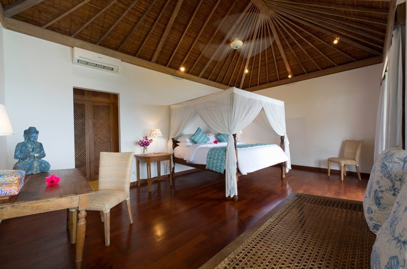 Spacious Bedroom - Cempaka Villa - Candidasa, Bali