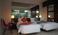 Twin Bedroom - Chakra Villas - Villa Kalila - Seminyak, Bali