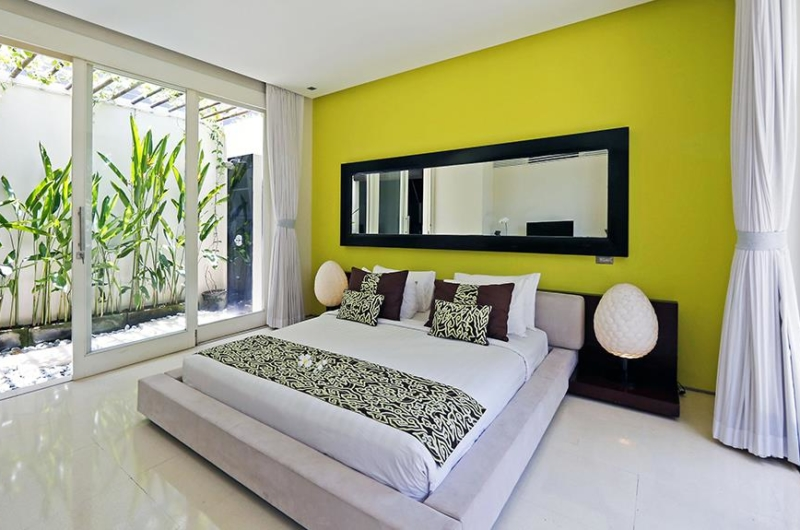 Bedroom and Semi Open Bathroom with Plants - Chandra Villas - Seminyak, Bali