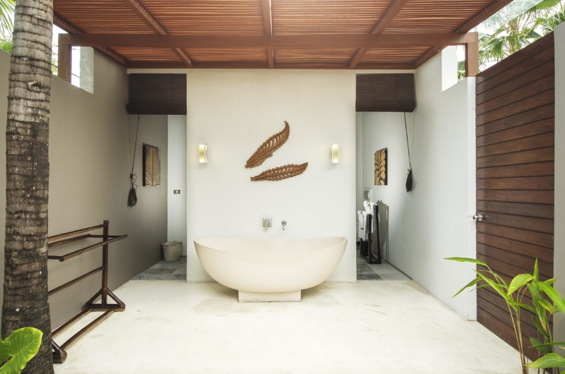 Bathroom with Bathtub - Chandra Villas 8 - Seminyak, Bali