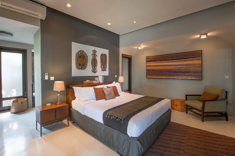 Bedroom with Seating Area - Chimera Villas - Seminyak, Bali