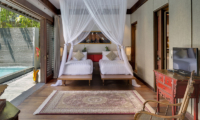 Twin Bedroom with Pool View - Des Indes Villas Villa Des Indes 2 - Seminyak, Bali