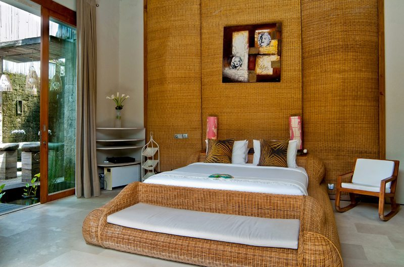 Bedroom with Seating Area - Eko Villa Bali - Seminyak, Bali