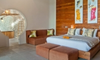 Bedroom and En-Suite Bathroom - Eko Villa Bali - Seminyak, Bali
