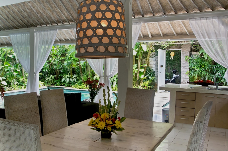 Dining Area with Pool View - Esha Drupadi I - Seminyak, Bali