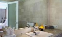 Bathroom - Esha Drupadi I - Seminyak, Bali