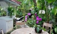 Outdoor Seating Area - Esha Drupadi I - Seminyak, Bali