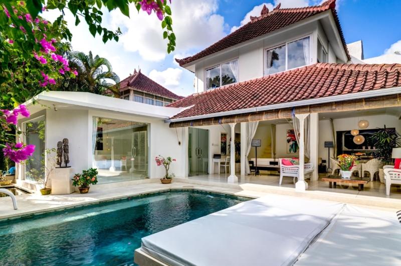 Pool Side Lounge - Esha Drupadi II - Seminyak, Bali
