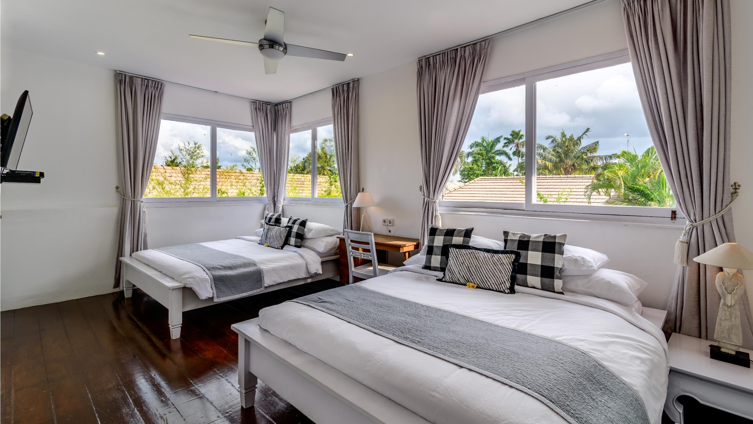 Twin Bedroom - Esha Drupadi II - Seminyak, Bali