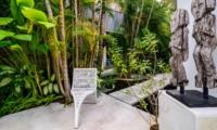 Outdoor Seating Area - Esha Drupadi II - Seminyak, Bali