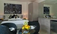 Bedroom with Wardrobe - Esha Seminyak - Seminyak, Bali