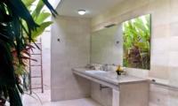 En-Suite Bathroom - Esha Seminyak - Seminyak, Bali