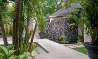 Pathway - Esha Seminyak - Seminyak, Bali