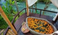 Open Plan Bathtub - Fivelements - Ubud, Bali