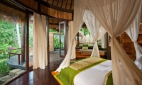 Bedroom with Mosquito Net - Fivelements - Ubud, Bali