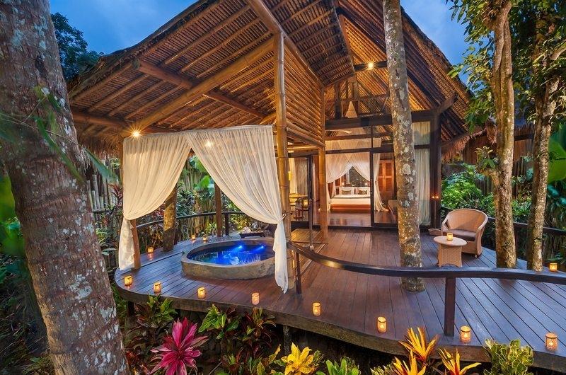 Bedroom and Outdoor Bathtub - Fivelements - Ubud, Bali