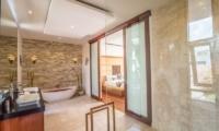 Romantic Bathtub Set Up - Freedom Villa - Seminyak, Bali