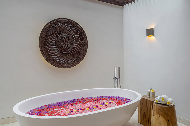 Romantic Bathtub Set Up - Grand Cliff Nusa Dua - Nusa Dua, Bali