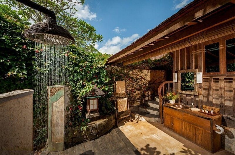 Outdoor Shower - Hartland Estate - Ubud, Bali