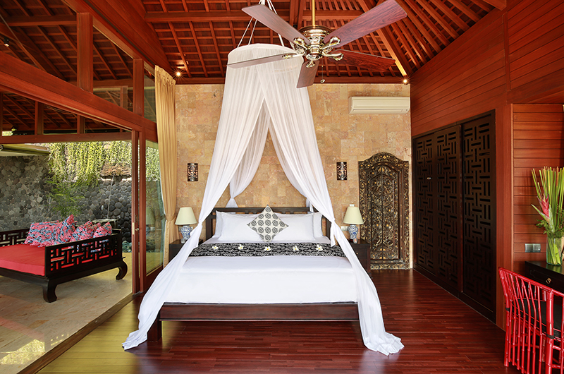 Bedroom with Wooden Floor - Hidden Hills Villas Villa Sanya - Uluwatu, Bali