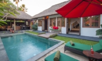 Sun Beds - Imani Villas Ariana - Umalas, Bali