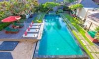 Gardens and Pool - Imani Villas Mahesa - Umalas, Bali