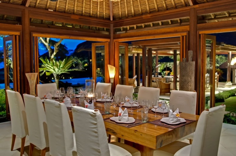Dining Area with Pool View - Impiana Cemagi - Seseh, Bali