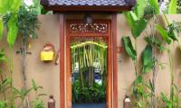 Entrance - Impiana Seminyak - Seminyak, Bali