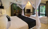 Bedroom with TV - Impiana Seminyak - Seminyak, Bali