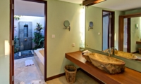 Bathroom with Mirror - Jabunami Villa - Canggu, Bali