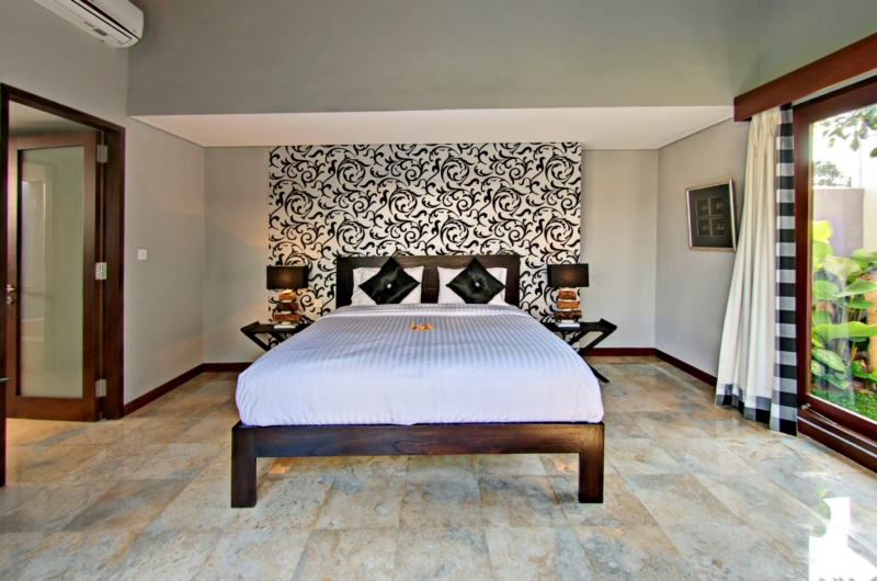 Bedroom with Garden View - Jabunami Villa - Canggu, Bali
