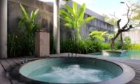 Jacuzzi - Javana Royal Villas - Seminyak, Bali
