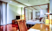 Bedroom with Study Table - Javana Royal Villas - Seminyak, Bali