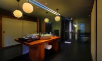En-Suite Bathroom - Javana Royal Villas - Seminyak, Bali